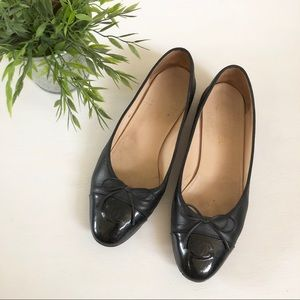 CHANEL classic black leather ballet flat S5